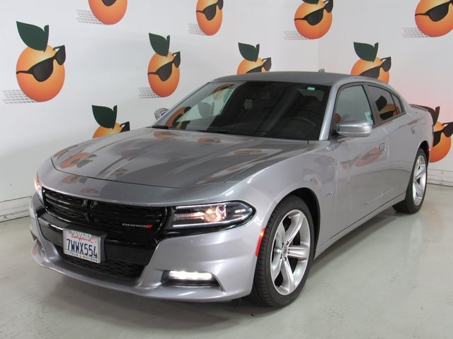 Certified Pre Owned 2017 Dodge Charger R T 4d Sedan In Ontario